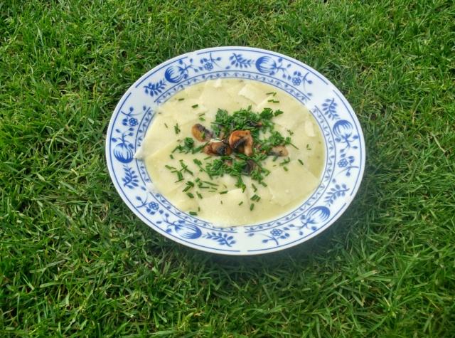 Bramborová krémová polévka