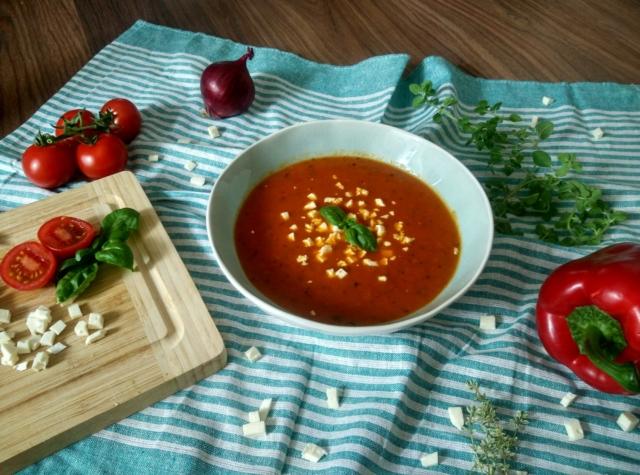 Polévka z pečených paprik
